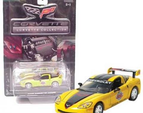 Corvette 2005 Daytona 500 Yellow with Black Coupe 1/64 Diecast